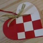 北欧風のおしゃれなクリスマス飾りを手作りしよう!簡単なのに可愛いハート&キャンディ型オーナメントの作り方
