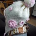 毛糸で帽子を編もう!ファー帽子風やベレー帽など、世界で一つのオリジナル手作り帽子の作り方