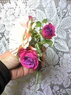 本格派…!生花で作る手作りコサージュ_html_m5492aba2