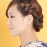 友人の結婚式にお呼ばれした時の着物に合う髪型は?ミディアムの編み込みヘアカタログ