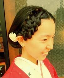結婚式 髪型 花嫁 丸顔
