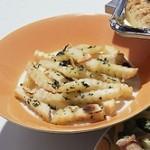 冷凍にんにくでお手軽レシピ!丸ごとホイル焼きや、おつまみも短時間で簡単に♪