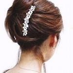結婚式にお呼ばれした時の髪型★コームで簡単!夜会巻きを自分でセットする方法