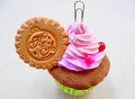 結婚式の席札立て★手作りスイーツデコのカップケーキでゲストをおもてなし!