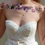 夏は手作りの押し花タトゥーで一味違うおしゃれを楽しもう!