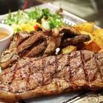 お肉を食べても太らないダイエット!赤身肉は女性に人気